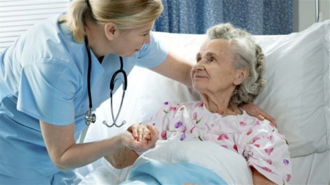 angajam infirmiere
